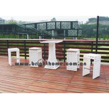 Tabourets de bar en mousse en plein air 5PCS Ensemble de table et de chaises en rotin en rotin