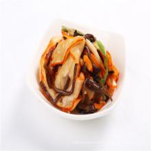 Deliciosa salada de lula temperada com Chuka Ika Sansai