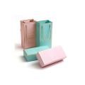 Boîte à bijoux en papier d'aluminium à estamper à l'or chaud de luxe