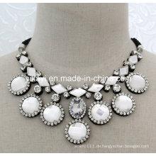 Lady Modeschmuck Weiß Glas Kristall Anhänger Kragen Halskette (JE0198)