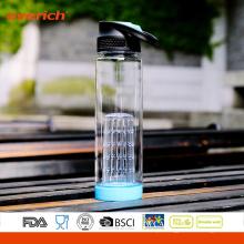 Nova garrafa de plástico de plástico com inserção de infusor