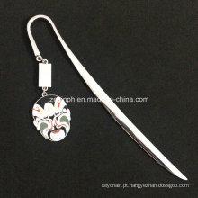 Personalizado de alta qualidade brilhante cromagem marca de livro com pingente de esmalte macio personalizado para promoção