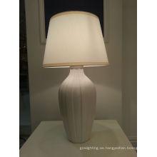 Decoración para el hogar Lámpara de mesa de cerámica blanca (YJ10010 / 00/010)