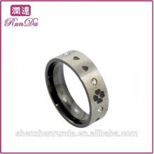 Aço inoxidável quente da venda com anéis do coração e do diamante