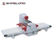 Professionelle Edelstahl-Bäckerei-automatische Tischplatte-Teig-Sheeter-Maschine mit gutem Preis