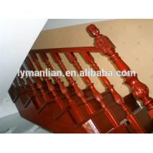 Pasamanos de roble rojo antideslizante decorativo en balaustres de madera.