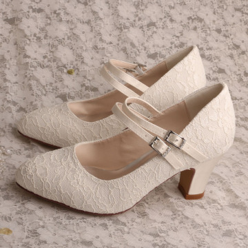 Block Heel Wedding Shoes voor Bride with Laces