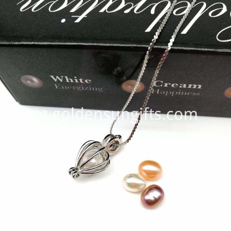 Pearls Cage Pendant Chain Necklace
