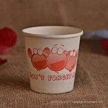 Mini tasse de papier ou de plastique