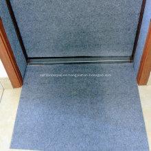Película de protección de borde de puerta temporal durante la construcción