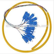 12 bobines pigmentaires à une seule base, cobalt à fibres optiques sc / upc, ventilateur 12 câbles en fibre optique avec 0.9mm 2.0mm 3.0mm
