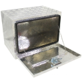 Caja de herramientas de aluminio a prueba de agua debajo del cuerpo para recogida. Caja de herramientas de aluminio a prueba de agua debajo del cuerpo para recogida.