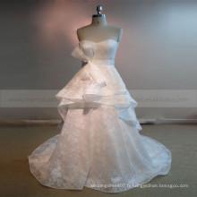 Terse Sweet Heart Multi Layers Robe de mariée en dentelle avec train de chapelle de châssis