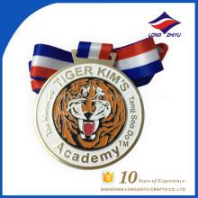 Design livre personalizado padrão de tigre de metal medalha de ouro de super qualidade