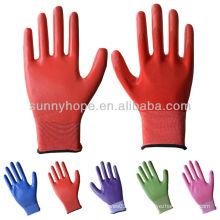 13 рабочих перчаток, покрытых нитрилом