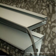 Profilé d'extrusion industrielle en aluminium 2124