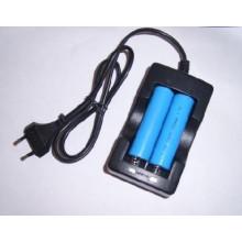 Europe Plugs Unabhängige Aufladeeinheit für zwei 18650/14500 Batterien