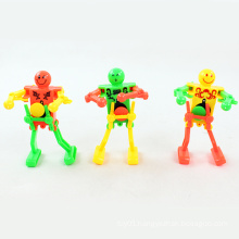 Plastic Toy Wind up Toy Dance Robot (H6057027)