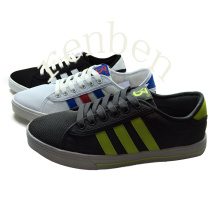 New Arriving Style Men′s Casual Canvas Shoes