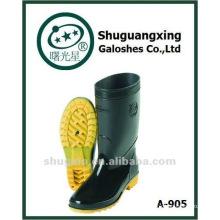 dos homens durável pvc meia carregadores de chuva calçados de segurança