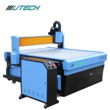 Portas de madeira do CNC que fazem a máquina