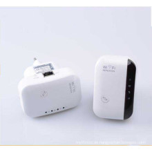 300 Mbps Wireless Extender Booster 802.11 B / G / N Wandstecker WiFi Repeater