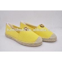 New design shoes pure color casual and comfortable flat plus size shoes canvas shoes
