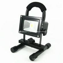 Novo 12V 24V10W recarregável e portátil LED iluminação exterior Camping Solar Floodlight