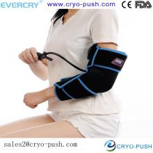 Cuidados domiciliarios, brazo y codo, lesión de la articulación / dolor, terapia fría con compresión de aire para aliviar y aliviar