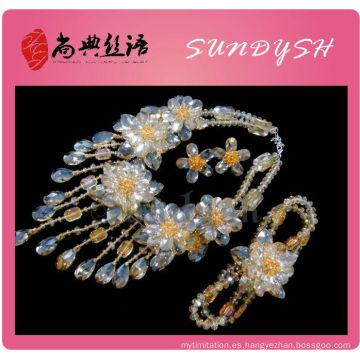 Venta al por mayor Golden Color Crystal Necklace Braclet Earring Jewelry Set