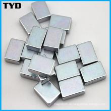 Hochwertiger Block gesinterter NdFeB Magnet mit Zn Beschichtung