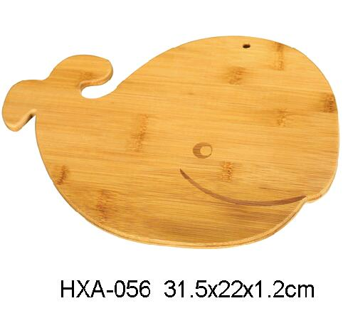 Bamboo Cutting Board With Whale Shape