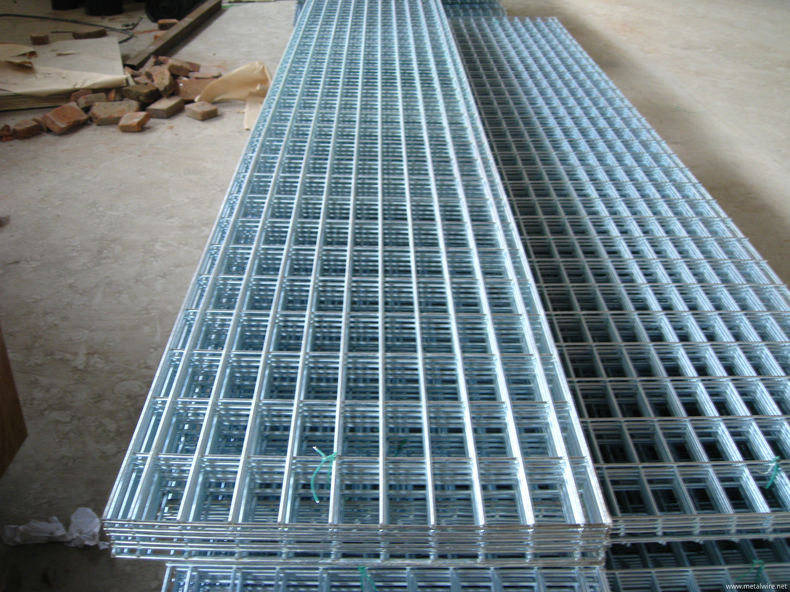 Reinforcing Welded Wire Mesh, Welded Fence Mesh Wholesale From China