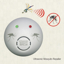 Mr-901 Ultrasonic Mosquito Repeller with Red and Green Ltd Light