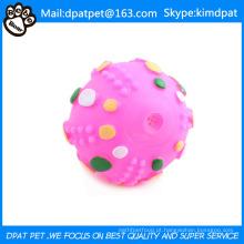 Bola de brinquedo do animal de estimação