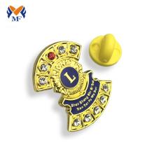Gold metal lion badge pin plating for club