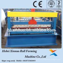 Placa de SUPER GALUM que forma a maquinaria dos painéis do Decking do assoalho em equipamentos da fabricação de XINNUO