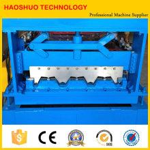 Máquina de fabricación de cubiertas metálicas de acero mediante la formación de rollos