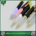 Des stylos qui clignotent / brillent lorsque vous écrivez dans l'obscurité