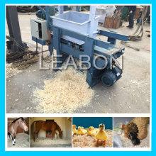 Precio de madera automático de la máquina de afeitar del lecho del caballo de pollo 3-4t / H