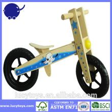 Лучший деревянный велосипед для балансировки малыша