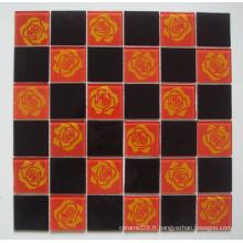 Verre de mosaïque rouge / noir avec motif de fleurs (TM8025)
