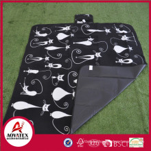 Easy-carrying waterproof polar fleece picnic mat