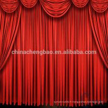Rideaux de scène motorisés en velours rouge avec valence attachée