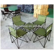 O fascinante moda Camping com mesa e cadeiras para caminhadas.