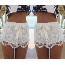 Pantalones cortos del cordón de las mujeres del arco del lazo de la moda de la venta caliente (50169)