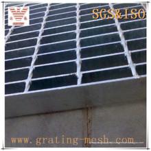 Grade de aço com barra fechada preta não tratada
