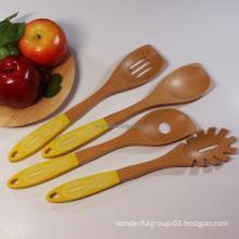 2013 New Design Silicone Logo Wholesale Tableware