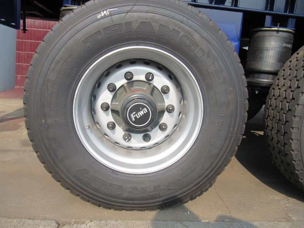 4th Single Tyre Flatbed Air Sus Tyre