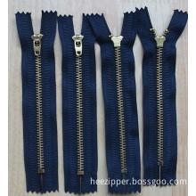 No. 4 Brass Zipper With Yg Slider (SDLM-008)
